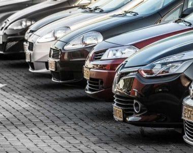 Auto kopen of verkopen op een rijtje
