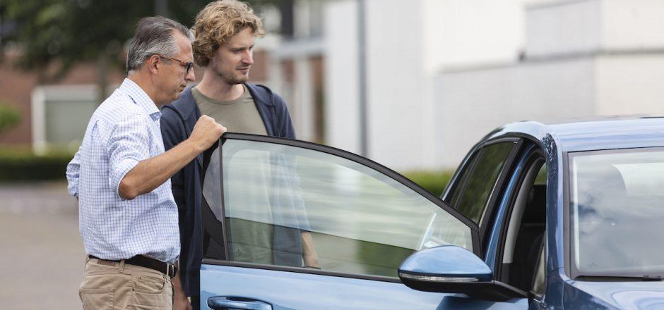 Auto op naam zetten zonder rijbewijs